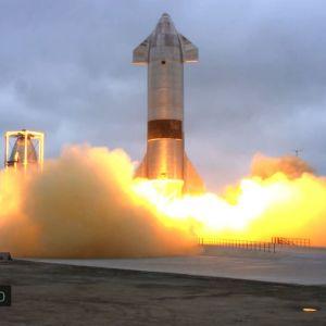 Rymdfarkosten Starship landar framgångsrikt i Texas under natten mot torsdag finsk tid