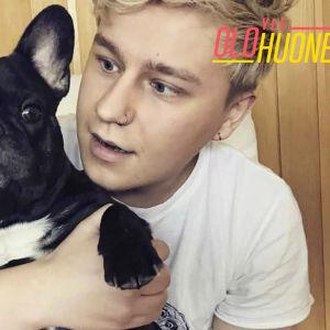 Costee ja Prince-koira.