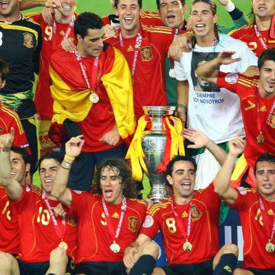 Espanja juhlii vuoden 2008 Euroopan mestaruutta.