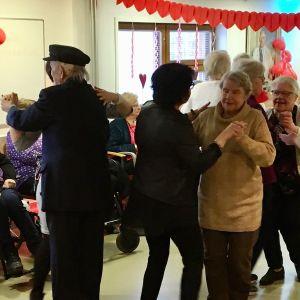 Ystävänpäivän tanssit Lassintalolla 2020.