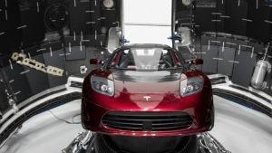 Här är bilen som Elon Musk ska skicka till omloppsbana runt Mars.