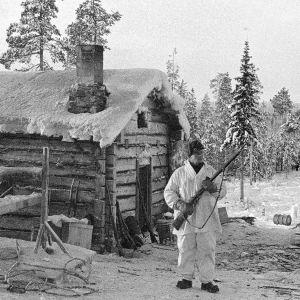 Etuvartioston kämppä Märkäjärvellä (1940).