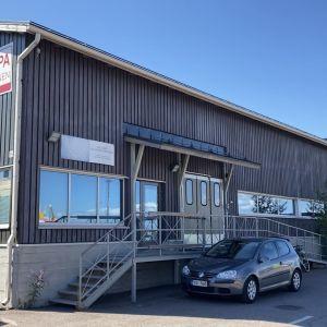 Kotkan Kuusisen kalankäsittelyhalli
