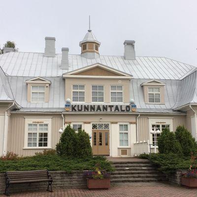 Punkalaitumen kunnantalo.