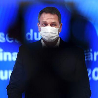Helsingin pormestari Jan Vapaavuori tiedotti pääkaupunkiseudun koronatoimista mediatilaisuudessa Helsingissä 27. marraskuuta 2020.