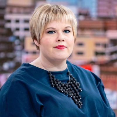 Annika Saarikko Ylen aamussa.