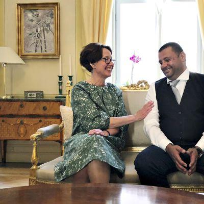 Liisa Talonpoika ja Hassan Zubier.
