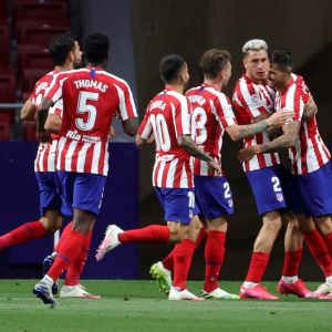 Atlético Madrid-spelarna firar ett mål.