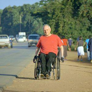 Ruotsalainen lääkäri Claes Hultling halvaantui vain kaksi viikkoa ennen häitään.
