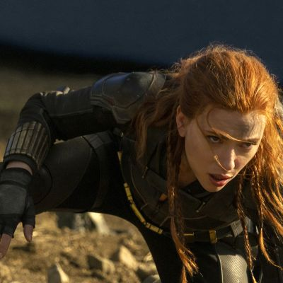 Näyttelijä Scarlett Johansson elokuvassa Black Widow