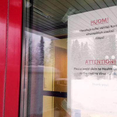 Ivalossa tiedotustilaisuus koronavirusepäilystä