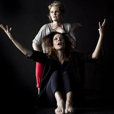 Hortensia: Mona Kortelampi ja Gertrud: Salla Kozma.