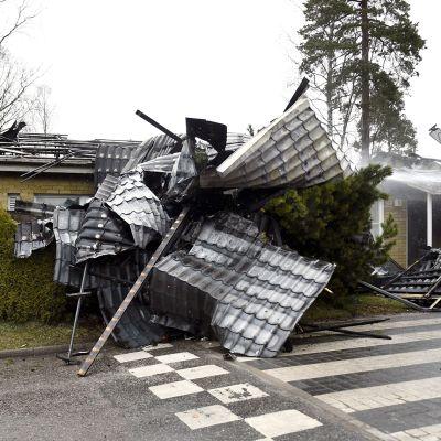Vantaan Korsossa paloi rivitalo 8. toukokuuta.