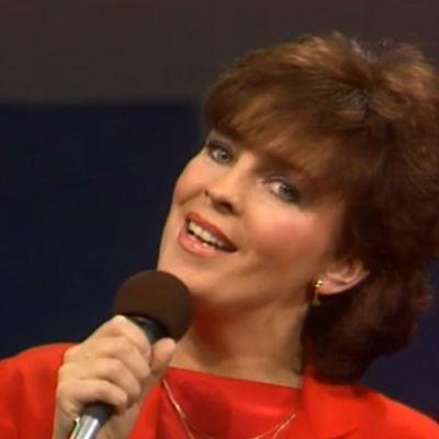 Paula Koivuniemi Eurovision laulukilpailun Suomen karsinnassa 1984