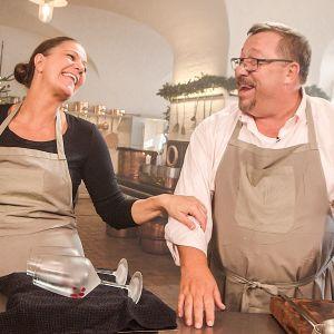 Tanskalaiset Mette Blomsterberg ja James Price antavat ruokavinkkejä joulupöytään.