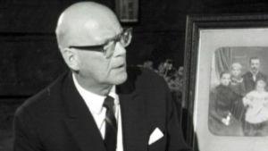 Urho Kekkonen Lepikon torpassa, syntymäkodissaan