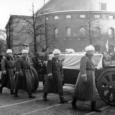 Mannerheimin hautajaissaattue (1951).