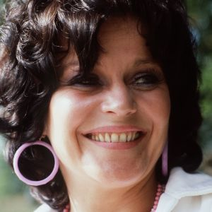 Laulaja Carola Standertskjöld.