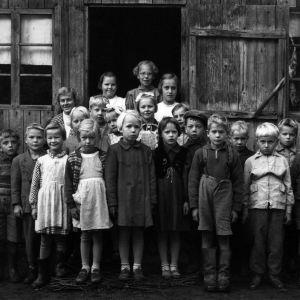 Folkskolebarn i medlet av 50-talet