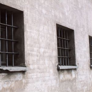 fängelse galler