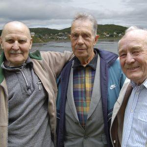 Sven Lokka (vas.), Unto Kemppainen ja Orvo Björninen kertovat Muurmannin rannan viimeisistä suomalaisista.