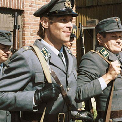 Kuusiosainen tv-sarja kertoo pääesikunnan sissikomppaniasta.