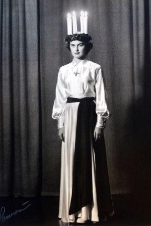 Kerstin Hindström som lucia 1952