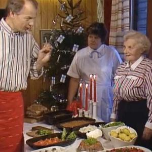 Jaakko Kolmonen ja Sirkka Gustafsson vieraineen ohjelmassa Jouluruokalenteri