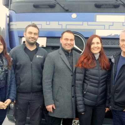 Blue Cargon omistajat Satu Havukainen, Samuli ja Marko kuohukivi, Sari Brandt sekä Jari Kuohukivi.