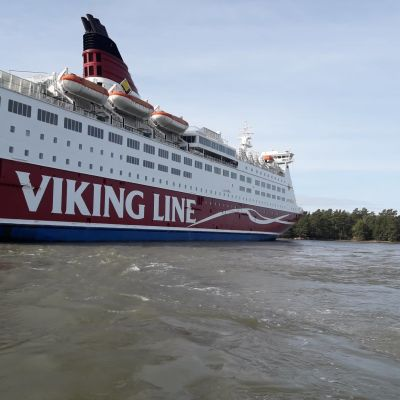 Viking Lines fartyg M/S Amorella på grund 20.9.2020