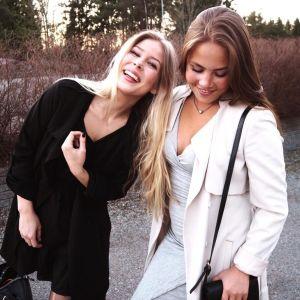 Cecilia Backlund och Emmy Himmelroos.