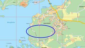 En karta som visar var Båssastranden nya bostadsområde i Ekenäs ligger.