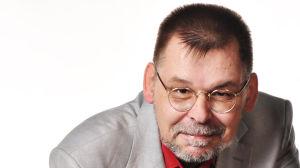 Kirjallisuudentutkija ja kriitikko Lasse Koskela