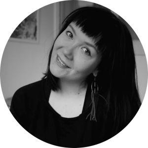 Kuvassa toimittaja Tiina Svensk