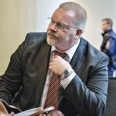 Johan Bäckman Helsingin käräjäoikeudessa 13. kesäkuuta 2018.