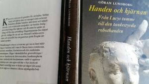 Närbild av Göran Lundborgs Handen och hjärnan