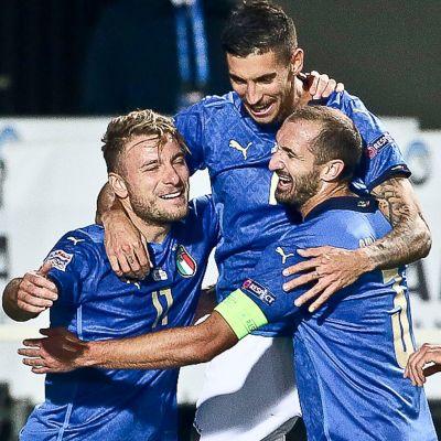 Italiens fotbollslandslag jublar 2020.