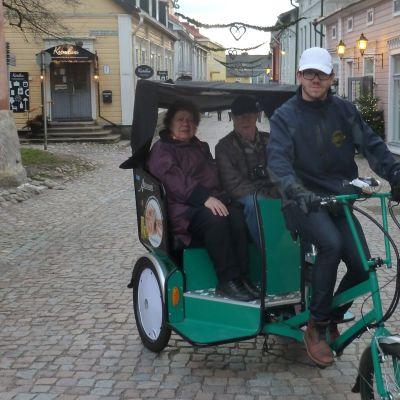 Polkupyörätaksi Porvoon vanhassa kaupungissa