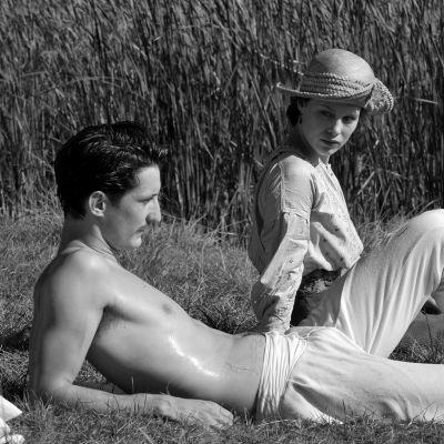 Näyttelijät Pierre Niney ja Paula Beer