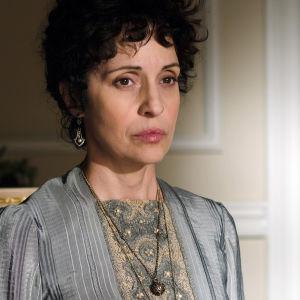 Adriana Ozores on Doña Teresa. Yle kuvapalvelu.