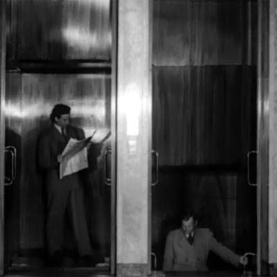 Eduskuntatalon hissi