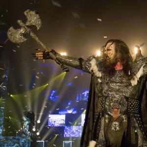 Mr. Lordi eli Tomi Putaansuu lavalla