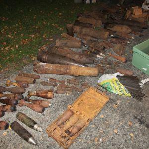Beslagtagen ammunition.