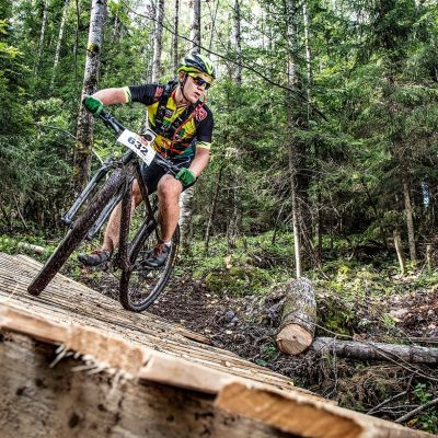 Ensimmäinen Vaarojen MTB -maastopyörätapahtuma järjestettiin Lieksan Kolilla kesällä 2019.