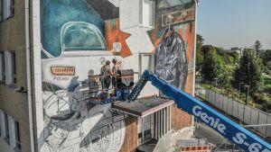 Mural i Salo av Leon Keer.