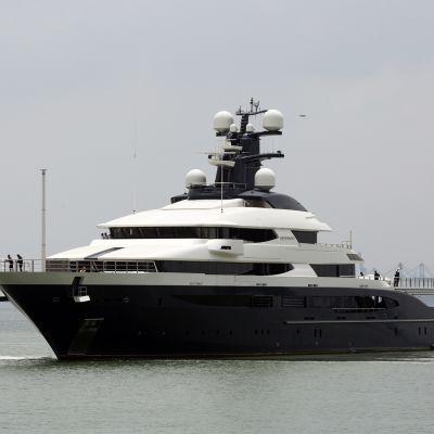 Malesialaisen Low Taek Jhon luksusjahti oli takavarikoidun omaisuuden joukossa.