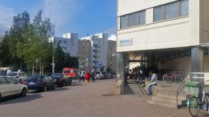 asylsökande vid polishuset i böle