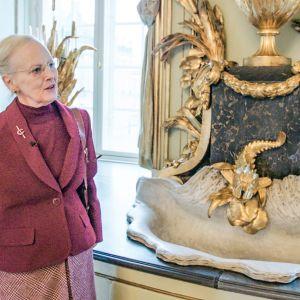 Neliosainen sarja esittelee Tanskan kuninkaallisia linnoja.