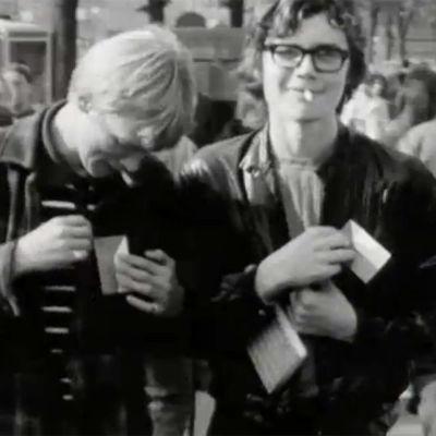 Nuorisoa kadulla Helsingissä 1968