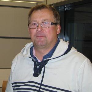 Ralf Lindfors, KD och Greger Forsblom, SFP diskuterade Pedersöre och kommunalvalet